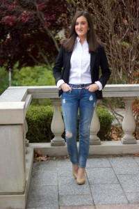 ripped-jeans-with-blazer-and-blouse