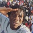 Tamale crowd receives Stonebwoy at airport