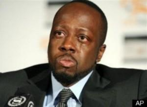 Musician Wyclef Jean treated for gunshot wound to hand