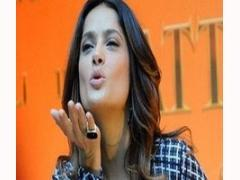 Actress Salma Hayek gains French knighthood