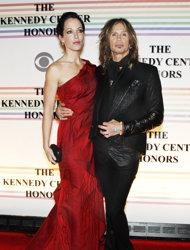Walk this way, again: Steven Tyler is engaged