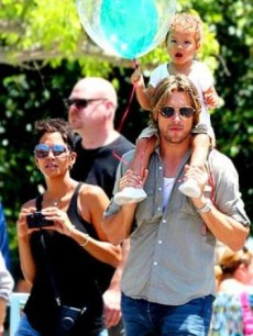 Halle Berry and ex Gabriel Aubry told to attend parenting classes together