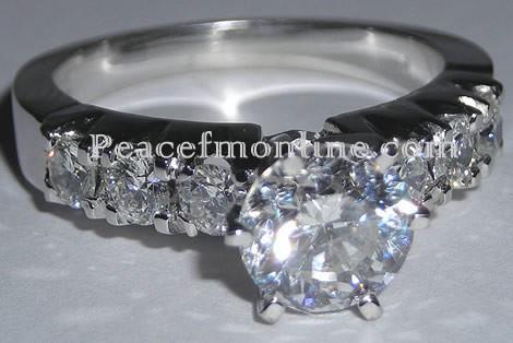Ghanaian Singer Gets $30,000 Diamond Engagement Ring