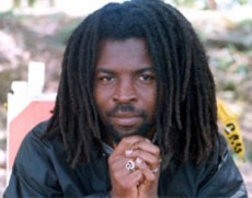 Rocky Dawuni Lights Shines Brighter