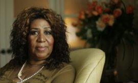Aretha Franklin Apologizes To Whitney's Mom For Missing Funeral
