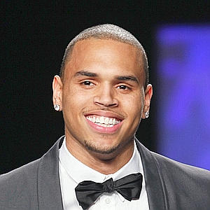 Judge: Chris Brown To Remain On Probation