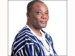 Efo Kodjo Mawugbe Takes A Bow