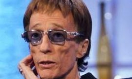 Bee Gees' singer Robin Gibb dies after cancer battle