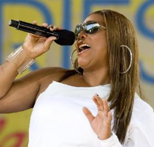 Queen Latifah At Gay Pride Parade: She's Proud To Be With 'Her People'