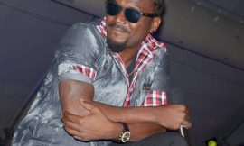 """Samini Endorses LCA On Stage At """"I Love My Life"""" Concert"""