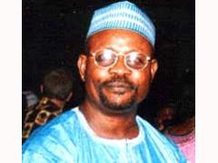 Sidiku Mourns Rose Hart