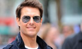 Tom Cruise sues tabs for 'abandoned' headlines