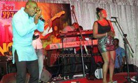 Hundreds slug it out at Joy FM Hi-life Dance Party