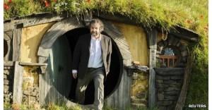Hobbit director Peter Jackson defends fast frame rate
