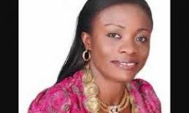 Diana Asamoah donates to flood victims