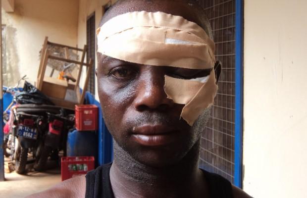 A policeman beaten mercilessly