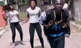 Wurewurafo ft. Pope Skinny ~ Koo Ntakra