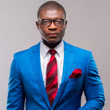 Lexis Bill nominated for 2015 Glitz Style Awards