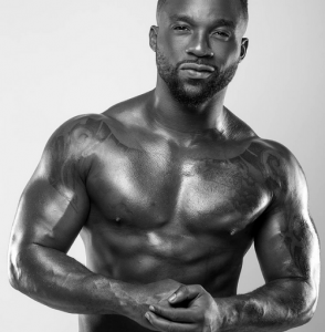 Photos: Iyanya shares sexy new photos