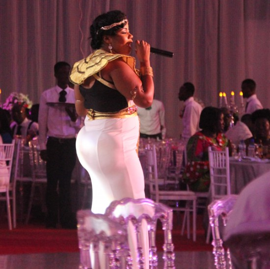 Musician Gifty Osei accused of wearing hips pad