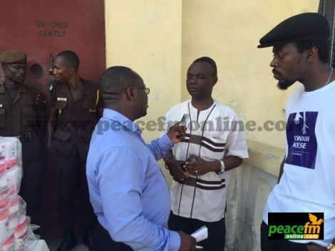 PHOTOS: Kwaw Kese Donates To Ho Prisons