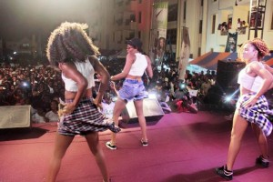 Photos: Eazzy thrills fans at #LegonGoPap concert