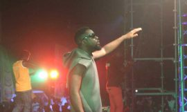 Sarkodie @ Kumasi show | 'Hand to Mouth'