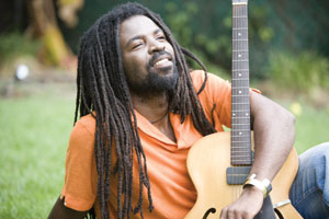 Pictures From Grammy Award Nominee Rocky Dawuni Show At Aliance Francaise