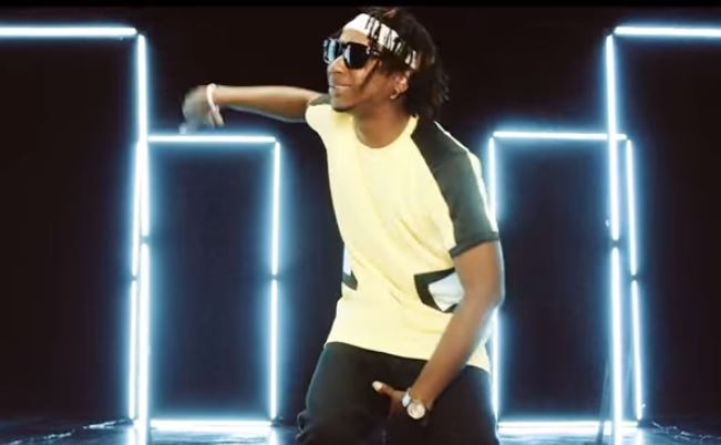 Visual: Yung6ix – For Example, Starring Ushbebe & Juliet Ibrahim ft. Stonebwoy