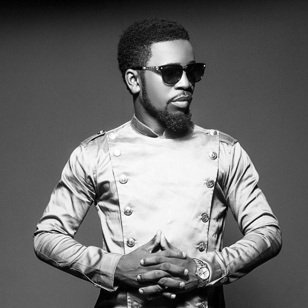 Bisa Kdei didn't perform for 10 minutes on stage|Management