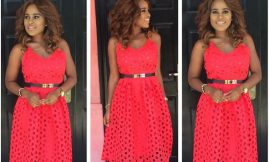 Is Berla Mundi hot in Red?