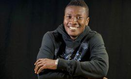 Visual: Asamoah Gyan on the Bisa Kdei's 'I Love You' rehearsal
