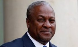 Video: President Mahama delivers message to fans on Facebook