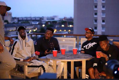 Omar Sterling (R2Bees) drops a free new single called 'Casino freestyle'