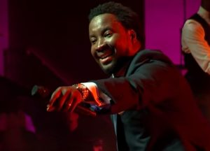 Music video 'REJOICE' from Sonnie Badu