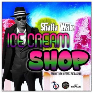 Shatta Wale visits the 'Ice Cream Shop' with fans