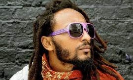 Video: Wanlov calls President Mahama a Thief