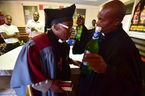 Drunkards and smokers church opens in Johannesburg