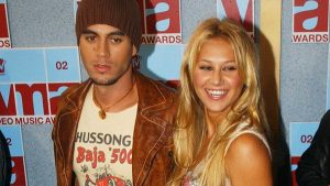 Enrique Iglesias and Anna Kournikova share first shots of baby twins