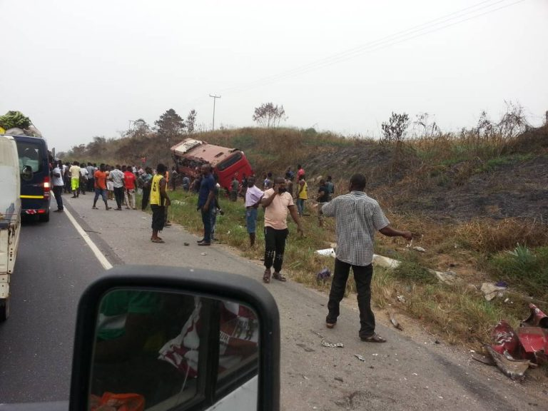 BREAKING:24 dead in Vip  Bus accident at Teacher Mante