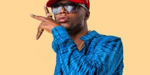 Rapper EL Blasts Shatta Wale For Advising Him To Stop Doing Songs To Impress Only His Friends & Family