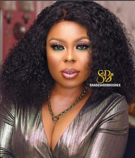 Afia Schwarzenegger – Strong Woman