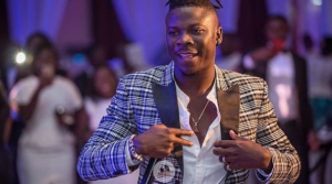 Fans Of Stonebwoy Attack Nana Appiah Mensah & Zylofon Media (Photos)