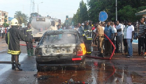 (VIDEO&PHOTOS): Gas explosion at Kumasi; several cars, fitting shops burnt