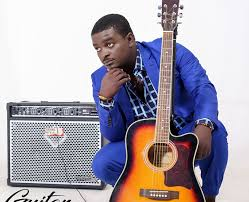 (VIDEO)Kumi Guitar Composes A Song For 'Agitated' Menzgold Customers