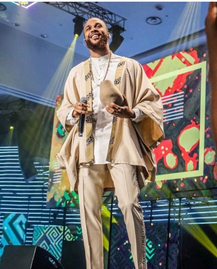 Jidenna Rocks In Ghanaian Brand 'Smully Wear'