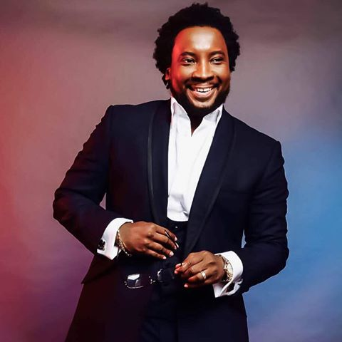 Sonnie Badu Drops  Visuals for 'I  Hail You ' (Watch Video)