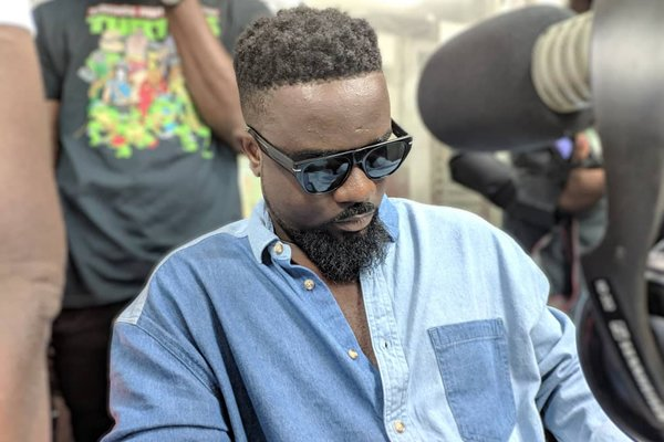 I still love Shatta Wale but… – Sarkodie on complicated relationship