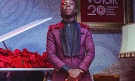 Stonebwoy explains why he pulled a gun on stage