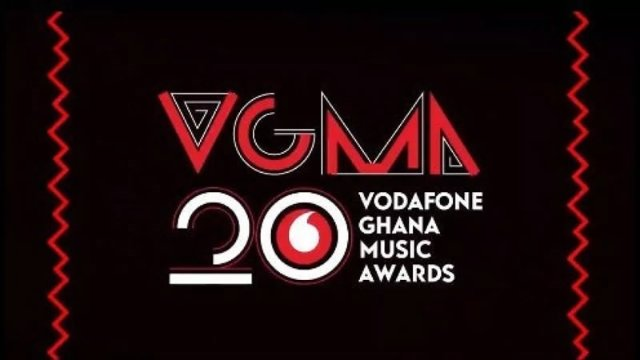 The ultimate turn at VGMA 2019- A throne with a crown but not a king